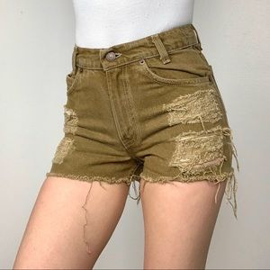 Vintage levi's 550 student brown distressed shorts
